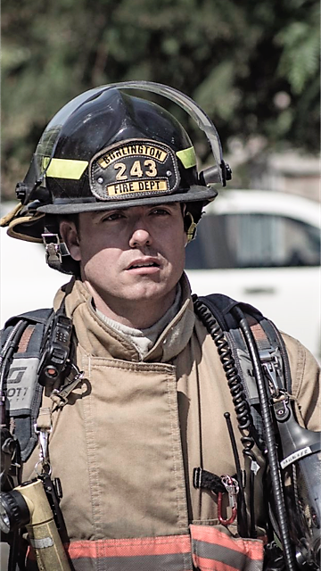 headshot of firefighter Ryan Gallagher, McMaster University Continuing Education Professional Addiction Studies graduate